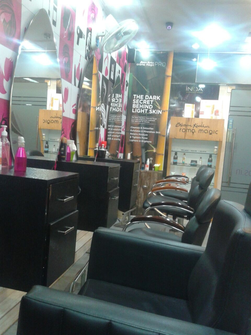Salon in Delhi, Salon in Karkardooma