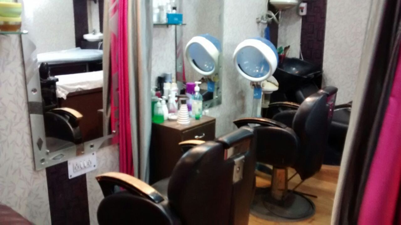 Salon in Delhi, Salon in Vijay Nagar