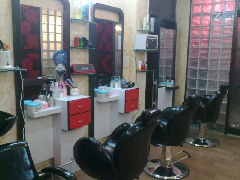 Salon in Delhi, Salon in Nangloi