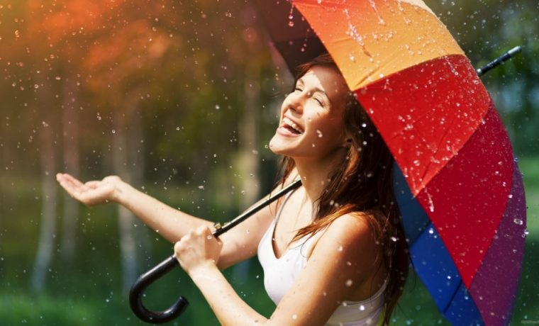 10 Tips To Upgrade Your Monsoon Glam Quotient