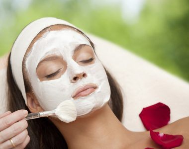 Why Doing Facial At Home Is A Wrong Practice
