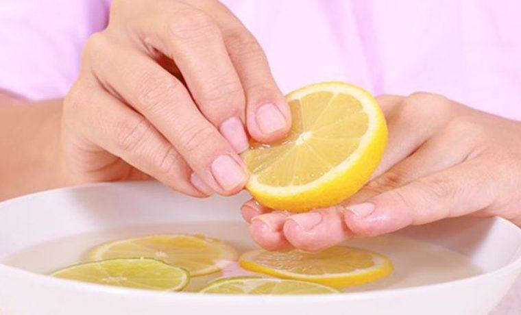 11 Home Remedies To Lighten Your Dark Knees & Elbows