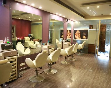 Best Parlours In Delhi NCR For Hair Colour